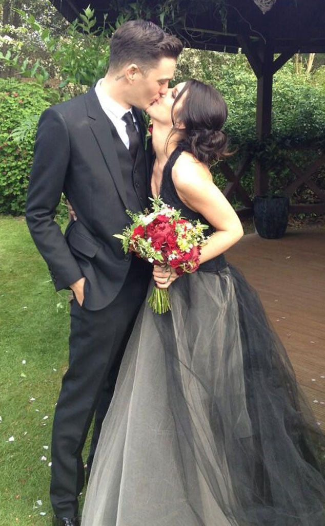 Shenae Grimes from Famous Brides in Vera Wang Wedding Gowns | E! Online