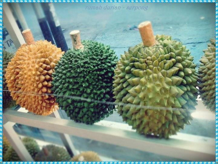 Durian Miniature Statue