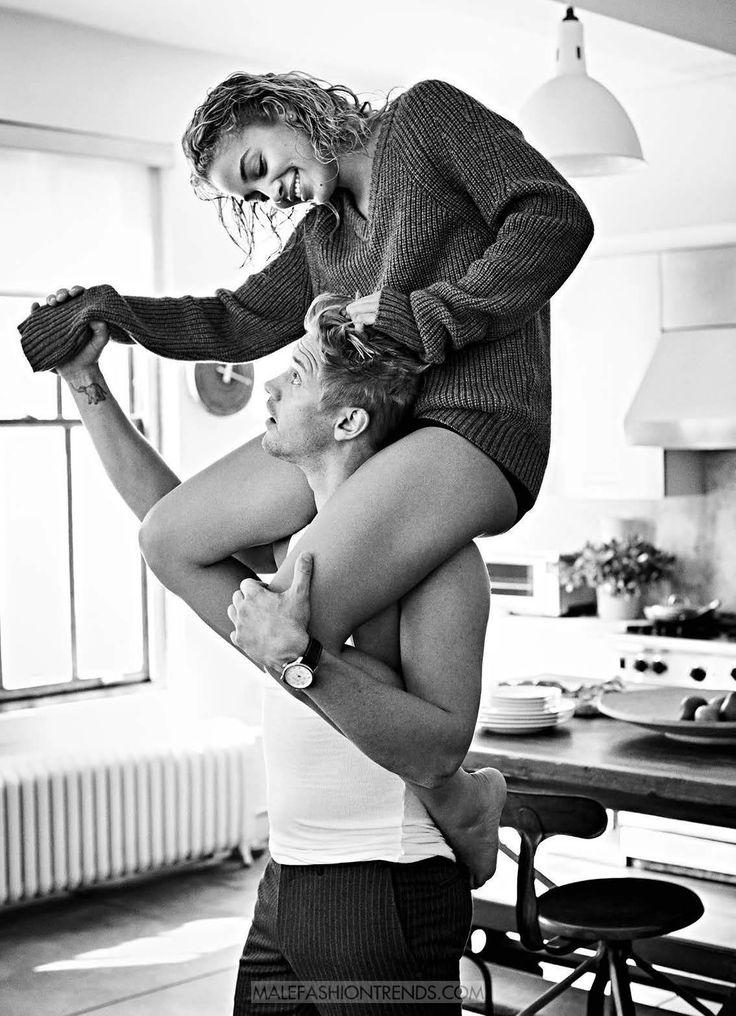 Boyd Holbrook y Jasmine Sanders por Chris Craymer Esquire Magazine Photoshoot