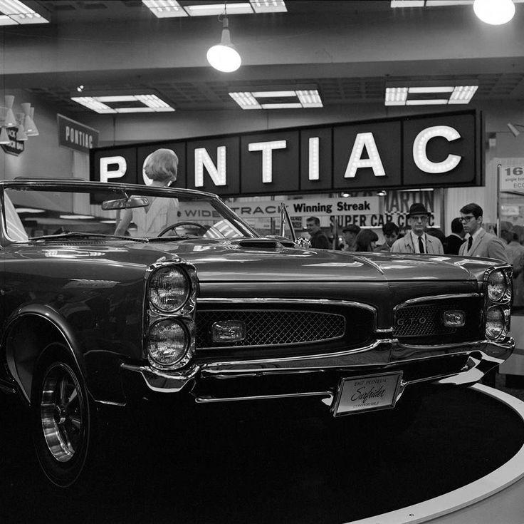 Vintage Pontiac Dealership: 1967 Pontiac GTO Surfrider Convertible Show Car.