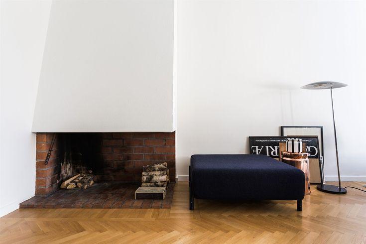 Fireplace Scandinavian interior. Livingroom. Polhemsgatan 36, 3 tr | Fantastic Frank