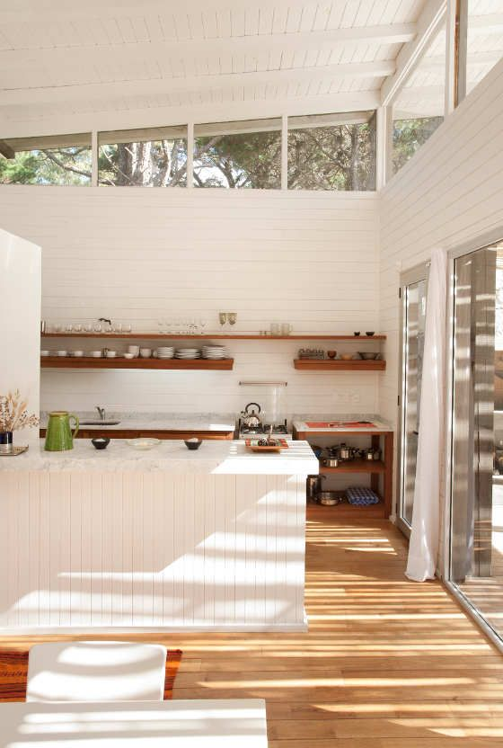 white + wood / kitchen