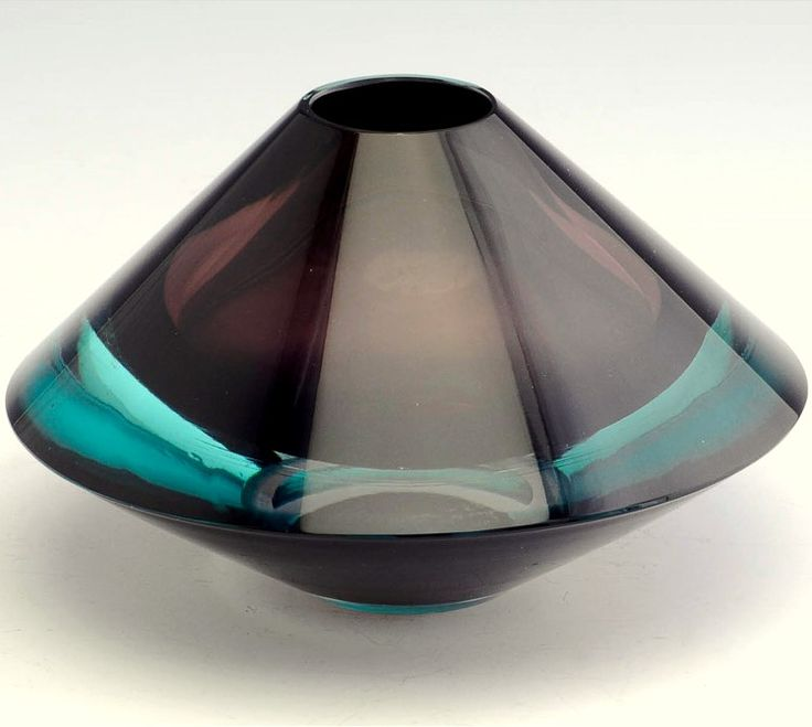 'Flying Saucer' vase by Kaj Franck for Nuutajärvi, 1956, Finland