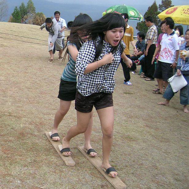 mignonesia: Happy Independence Day, Indonesia! BAKIAK race