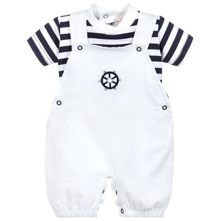 This adorable white and navy blue outfit by Mintini Baby comprises white dungarees with embroidery on the bib and a coordinating navy blue and white t-shirt. Lightweight, comfortable and ideal to mix and match with other items from your baby's collection, both pieces fasten with poppers to help make dressing and changing easy.