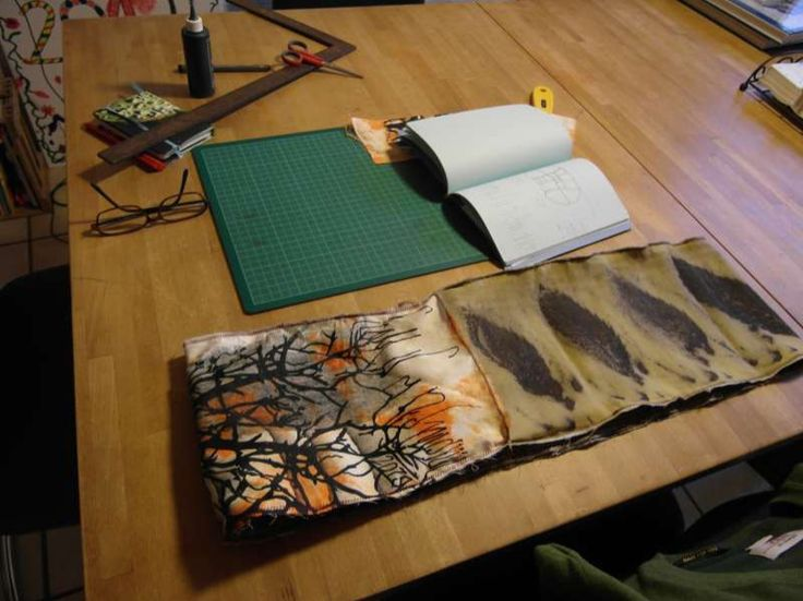 Zum Wenden - Loop Ecoprint und Fotoprint abblätternde Farbe - ein Designerstück von FrauSandmann bei DaWanda