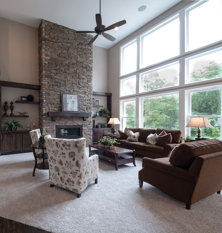 ... and 12 foot vaulted ceilings with large ceiling fan. … | Pinteres