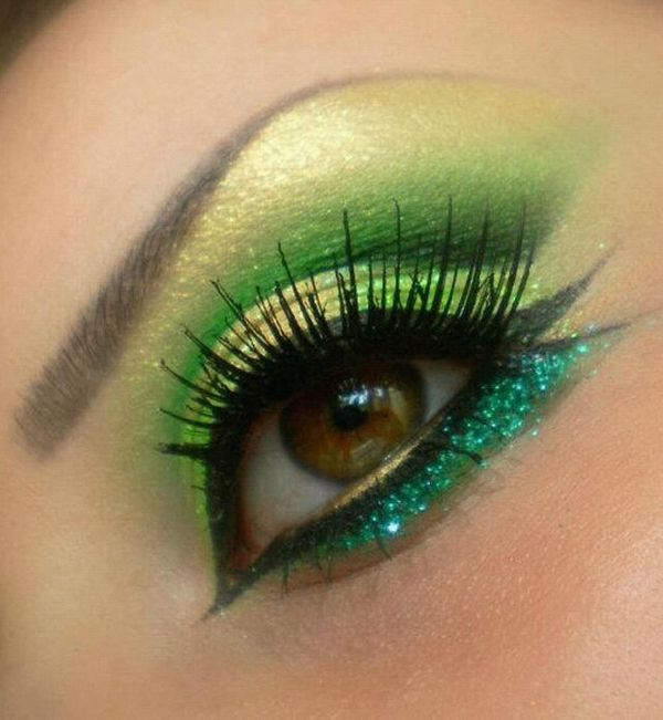 In love with this green glitter eye!!