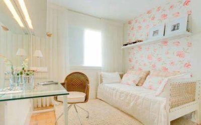 papeis de parede com estampa floral jovem para quarto feminino