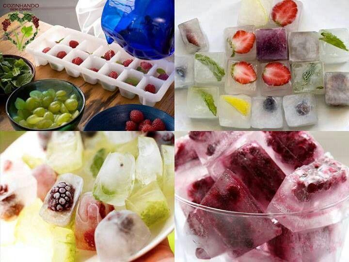 Cubos de hielo con fruta