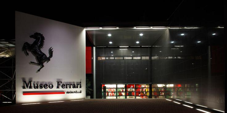 #Ferrarimuseum #night