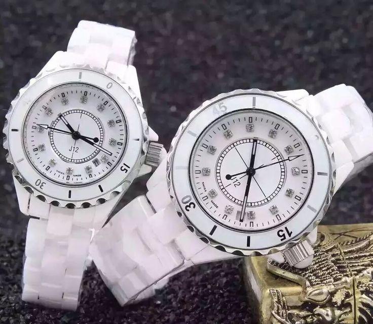 ノベルティj12時計。種類有ります。男性、女性用