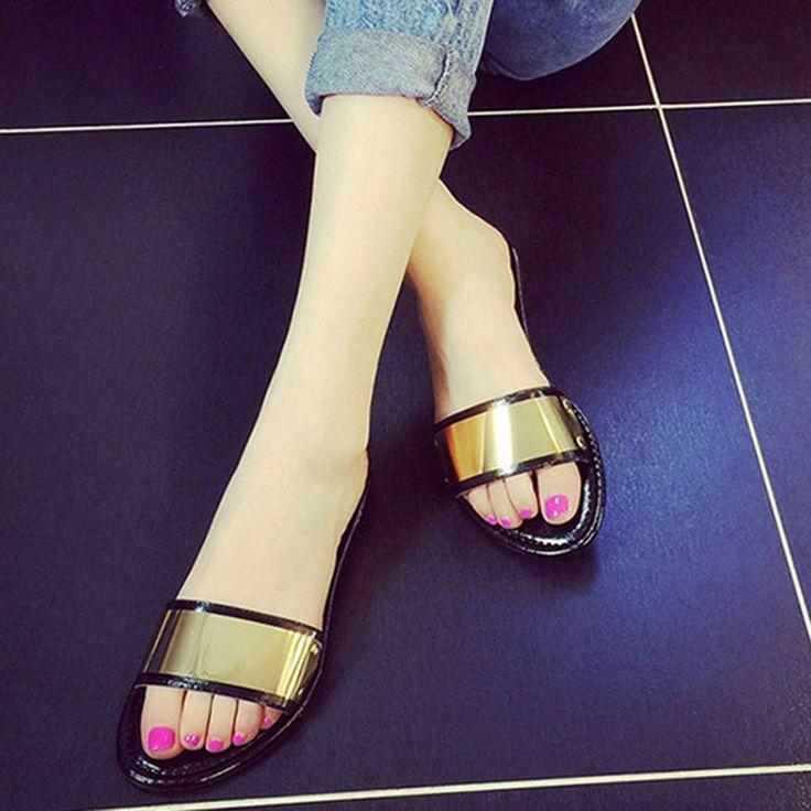 Women Summer Slippers Flat Slip Resistant Slippers Drag Flat Heel Shoes Beach