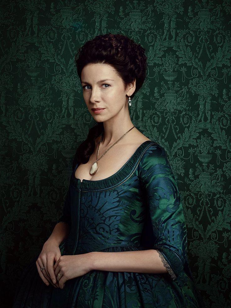 Outlander avec Caitriona Balfe (Claire Randall) - © Starz Entertainment, saison 2                                                                                                                                                                                 Plus
