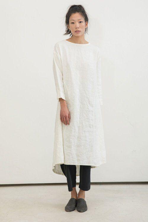 6edeebf371d Elizabeth Suzann minimalist staples    15 American-Made Clothing Brands You  Can Wear With Pride on The Good Trade  madeinusa  slowfashion  style   fashion