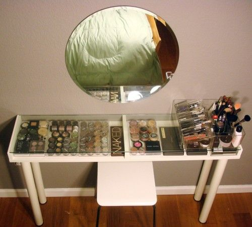 THE BEST makeup table/storage idea I've ever seen. And almost every part can be found at IKEA!