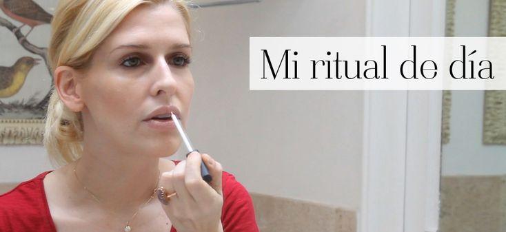 Eugenia Debayle comparte su rutina de día para el cuidado de la piel. Descubre cómo la hidrata, cómo la prepara antes de maquillarse, los productos que utiliza y algunos tips para lograr su look. ¡No te la pierdas!