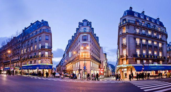 Joseph Gibert - 26 boulevard Saint Michel - Paris 75006 Une usine mais le seul concurrent d'Amazon