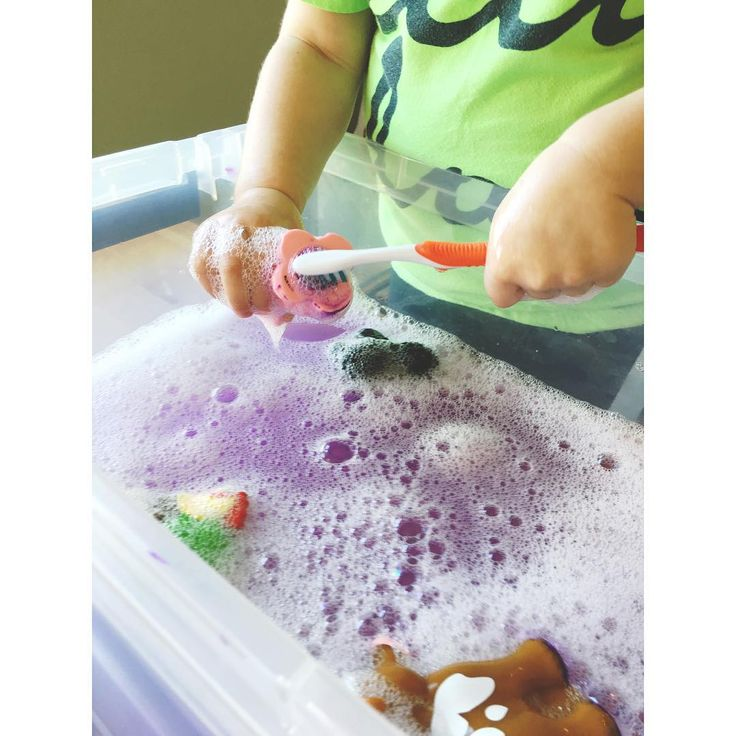 We ended with a fun sensory activity - giving our animals baths!