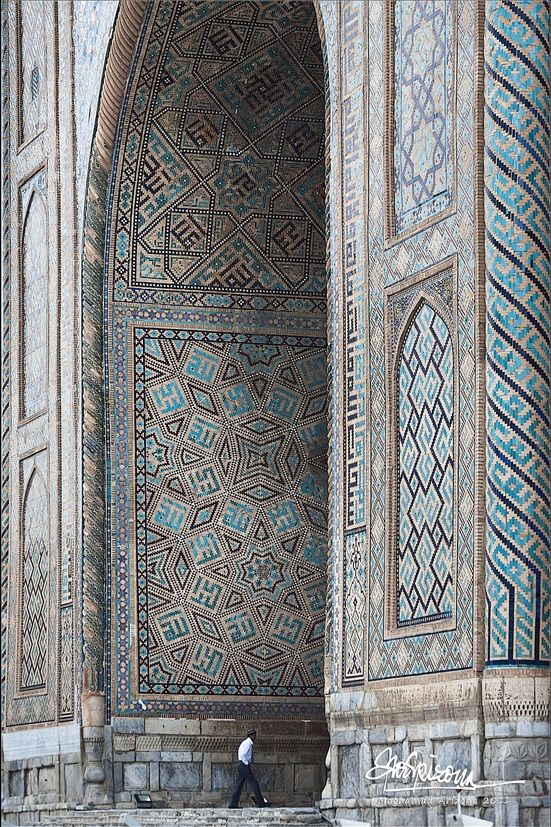 Sher-Dor Madrasah, one of the three masterpieces of the Registan in Samarkand, Uzbekistan.♔PM