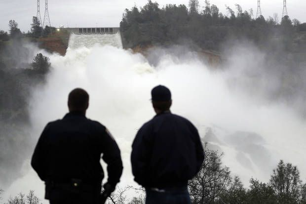 The Latest: Water levels at Lake Oroville continue to drop