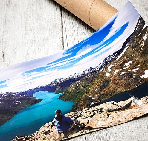 Posters personnalisés: Vos photos en grand format, c'est possible et facile à réaliser! Le poster personnalisé avec fonction pêle-mêle fera de votre intérieur un endroit unique. Plus de 8 formats à partir de 9.90 euros ! #poster #affiche #DIY #personnalisation #idée #déco