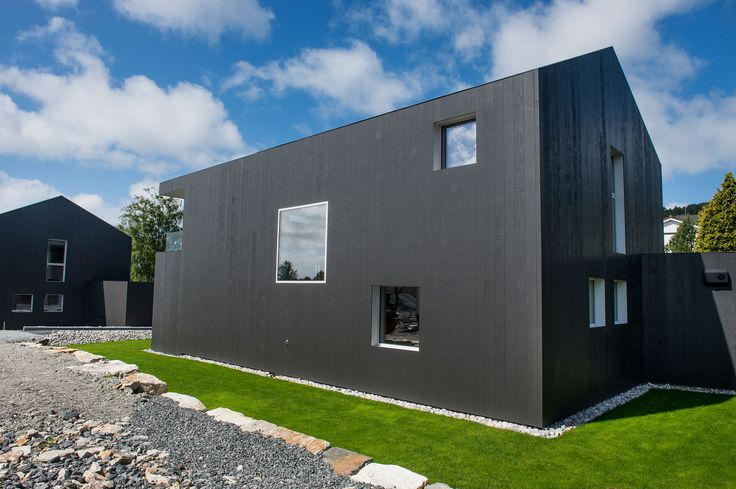 Singelfamily house  Built: 2015 Architect: Marita Hamre  Cladding: Accoya Windows: Ideal Combi Futura+