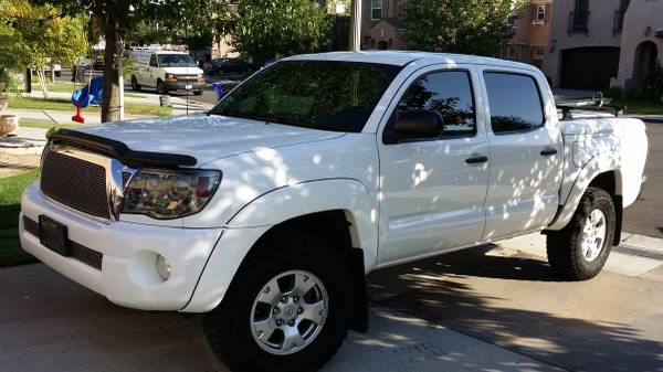 Used 2009 Toyota Tacoma for Sale ($22,500) at Fontana, CA. Contact: 818-802-2528. (Car Id: 57526)