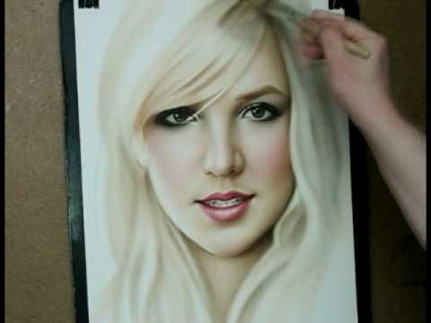 Speed painting portrait Britney Spears- no freaking way!! It looks like a photograph. Wouldn't have believed it if I haven't seen it