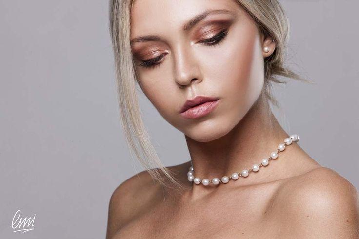 Gogreous and elegant makeup from LMI students. #makeup #elegant #makeupidea #blonde