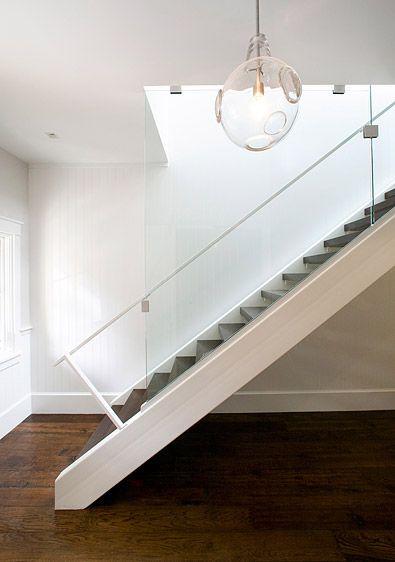 Escada do projeto Pacific Heights Townhouse, de Feldman Architecture  Fotografia: Paul Dyer