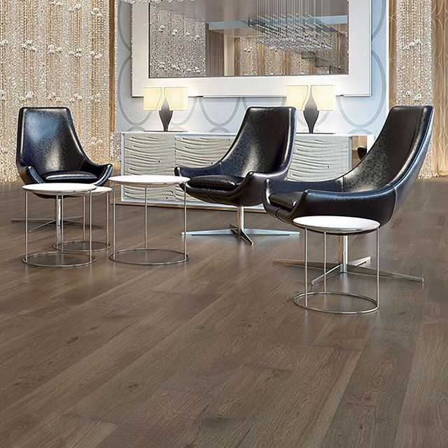 Purely perfect PurePlank. We love this range of engineered timber planks, pictured here is Vierzon PurePlank. Stunning! #havwoods #havwoodsflooring #TimberFlooring #engineeredwood #architecture #businesslife #business #businessowner #commercialphotography #interiors #interiordesign #interiordesigner #interiorstyling #interiordecorator #interiordesignersofinsta #inspiremedesign #inspiration #interiordesigncommunity #interiorspace #interiordesignideas #innovation #photography #wood…