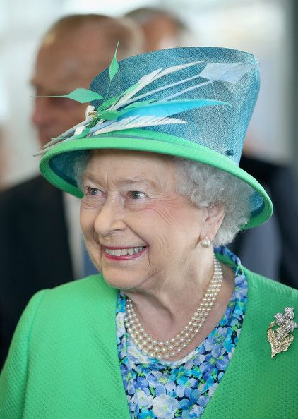 Queen Elizabeth II Photos - Queen Elizabeth II visits the Glasgow National Hockey Centre to watch the hockey during day one of 20th Commonwealth Games on July 24, 2014 in Glassgow, Scotland. - Arrivals at the 20th Commonwealth Games