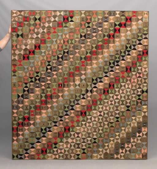Lot: 19th c. Bowties Quilt, Lot Number: 0057, Starting Bid: $200, Auctioneer: Copake Auction Inc., Auction: 38th Annual New Years Day Auction, Date: January 1st, 2018 CET