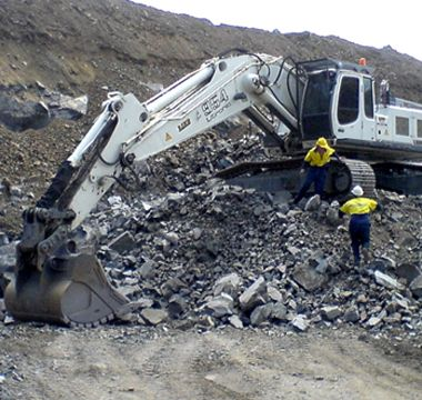 By using Hardox wear plates, the excavation equipment will be lighter with higher loading capacity.