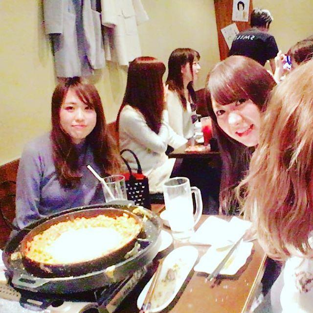 今日は#祐天寺 にある やきとりすみれさんにご招待頂き、新メニューイベントに参加してきました💓💓 チーズダッカルビの女子会コース、とっっってもボリュームもあり美味しくてコスパも良いのでおすすめです💓💓💓💓 一緒に来てくれたゆうなさん、相席で仲良くなったようこさん、えりさんありがとうございました^ ^  #祐天寺駅#やきとりすみれ#やきとり#新メニュー#発表会#イベント#女子会#肉#チーズダッカルビ#モデル#読モ#delicious #dinner#model#tokyo #hair#make