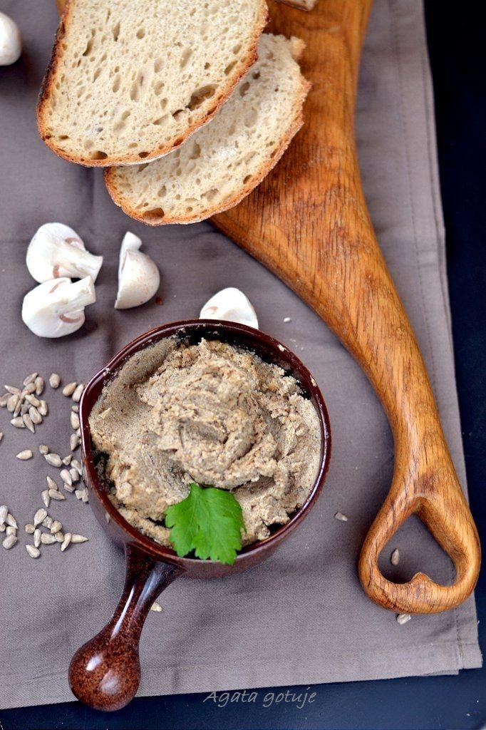 Pasta ze słonecznika i pieczarek (rozpustnie i zdrowo) | Agata gotuje, czyli Kobieta Wszechjedząca