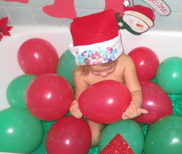 Toddler Christmas Party Bath ~ Bath Activities for Kids
