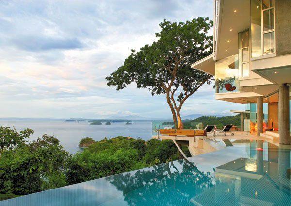Роскошный дом с панорамным видом на океан