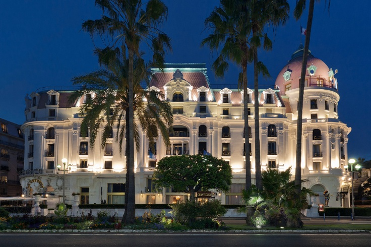 Luxury hotel in Nice