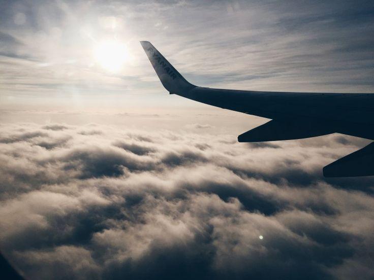 jak przygotować się do podróży samolotem