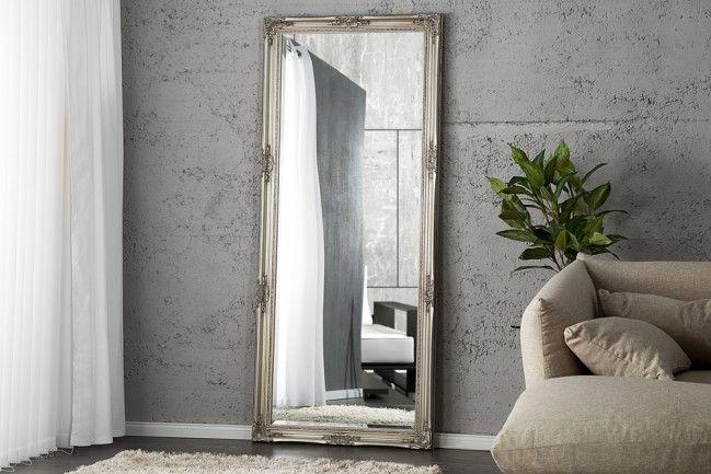 """Der Spiegel """"Renaissance"""" ist ein mythischer Gegenstand, der im Raum Dimensionen und Fenster öffnen kann, wo keine sind."""