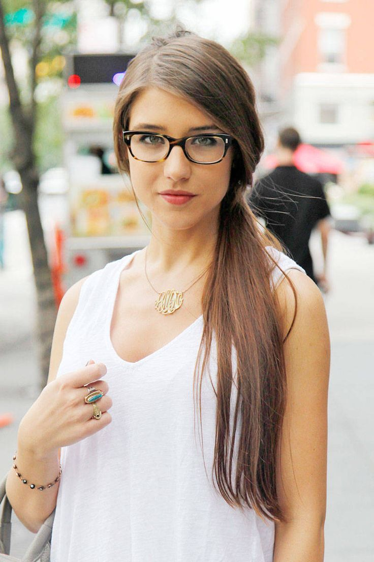 She's so beautiful I can't believe it. Street Chic Beauty New York - Beauty Trends and Tips from New York City - Elle