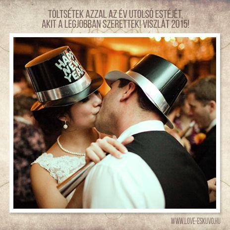 BÚCSÚZTASSÁTOK SZERELEMMEL 2015-ÖT! Reméljük, Ti is azzal töltitek az év utolsó óráit, akit a legjobban szerettek! <3 #szilveszter #viszlát2015