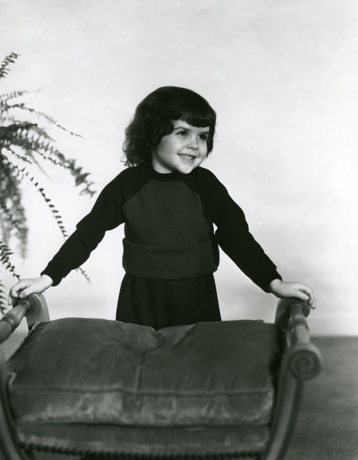 "Darla Hood 1931-1979, minor surgery resulted in hepatitis and a heart attack. She was from the ""Our Gang"" series with Spanky"