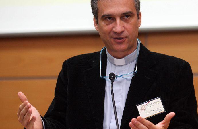 Vatican communications czar says losing money 'robs the poor'