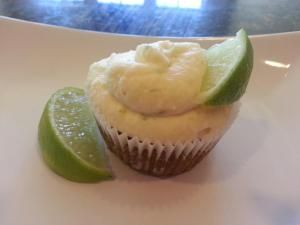 Key Lime Cupcakes are both delicious and nutritious!  #cupcakes #dessert #cake #grainfree #flourless #glutenfree #cleaneating #recipes #grainless