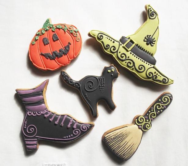 Whimsical Spooky Halloween Biscuit Cookies - Witch Hat, Pumpkin, Witch Shoe, Witch Broom & Scary Cat - 10 Pieces by Cookie-Art London on Gourmly