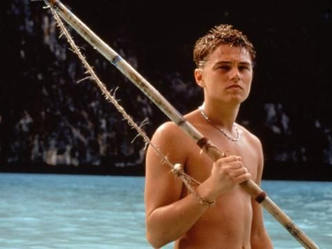"""The Beach"" - Leonardo DiCaprio - Pictures - CBS News"