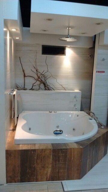 Ba o con hidromasaje y ducha diseno interior pinterest - Materiales para banos modernos ...
